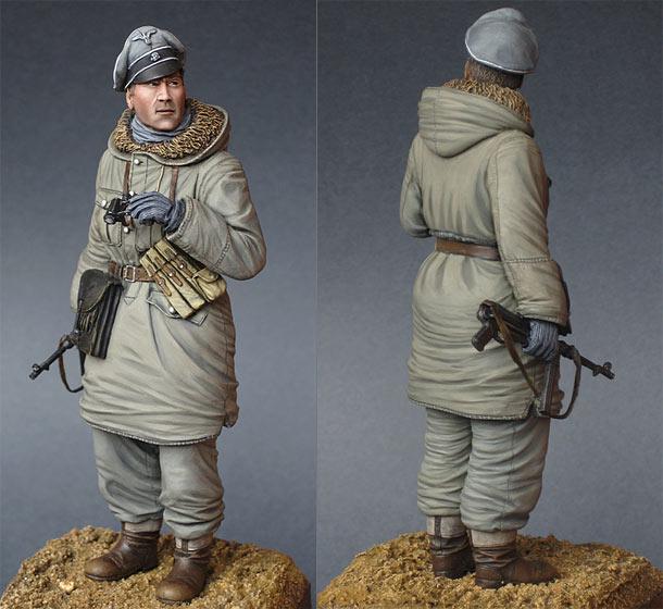 Figures: Waffen-SS officer, 1943-45