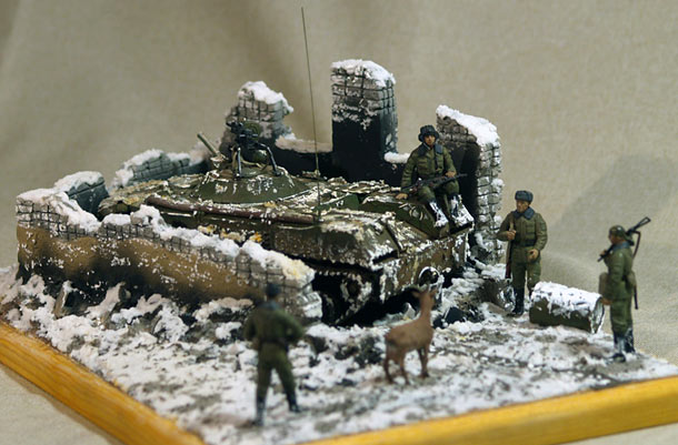 Dioramas and Vignettes: The Captive