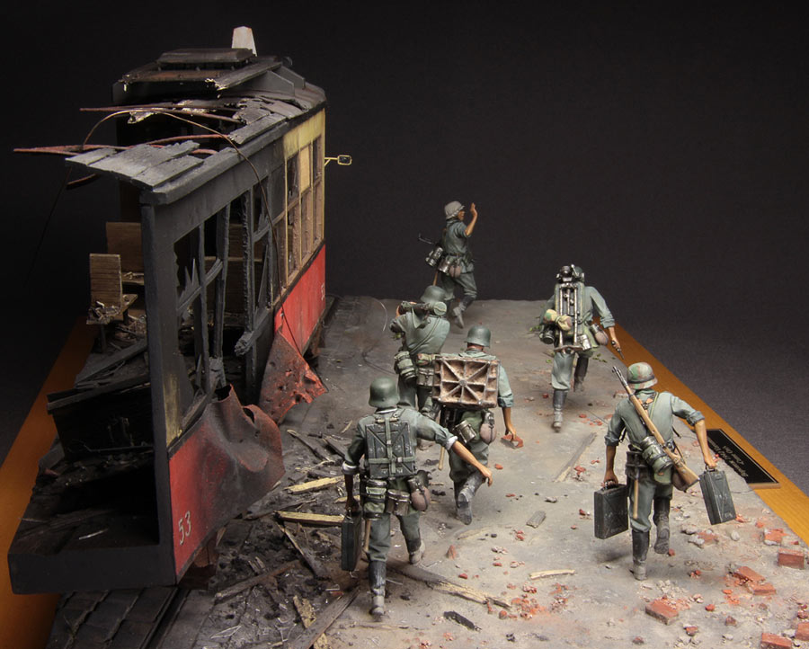 Dioramas and Vignettes: Follow me!, photo #5