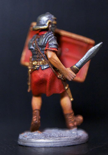 Figures: Romans and Barbarian, photo #4