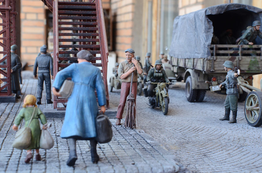 Dioramas and Vignettes: Western Europe, 1944, photo #2