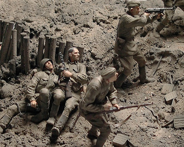 Dioramas and Vignettes: Hold the Line!..