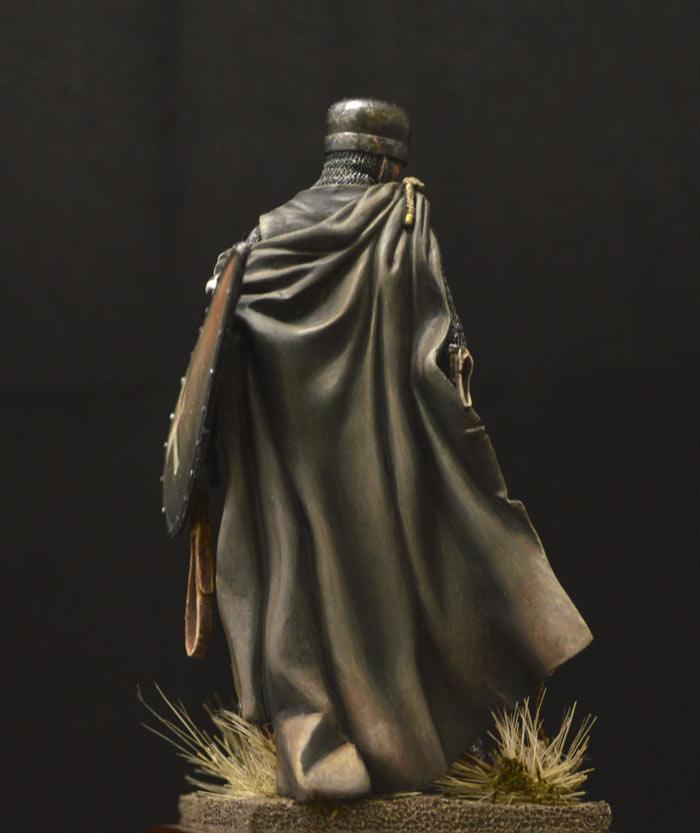 Figures: Hospitalier knight, 13th A.D., photo #10