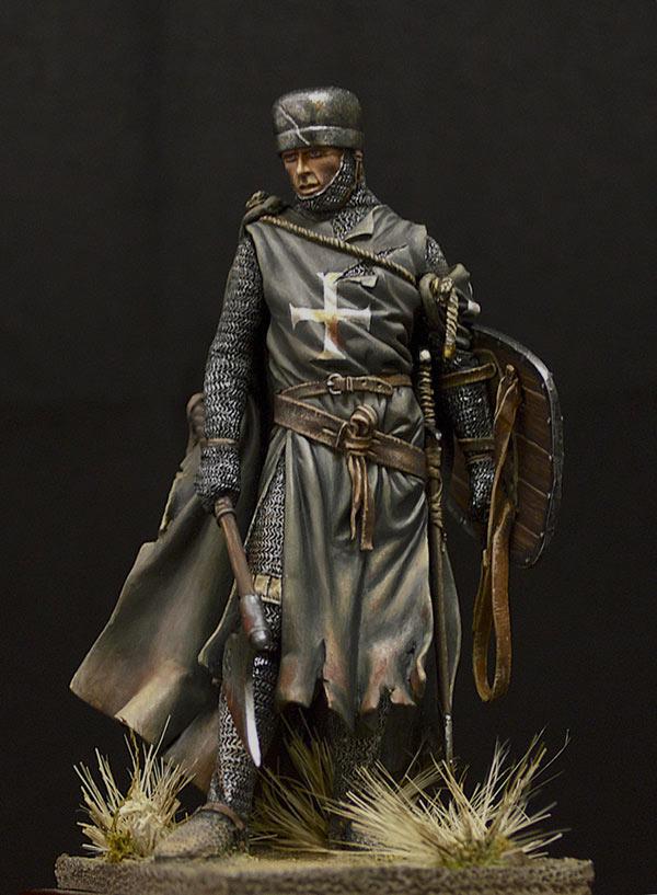 Figures: Hospitalier knight, 13th A.D., photo #4