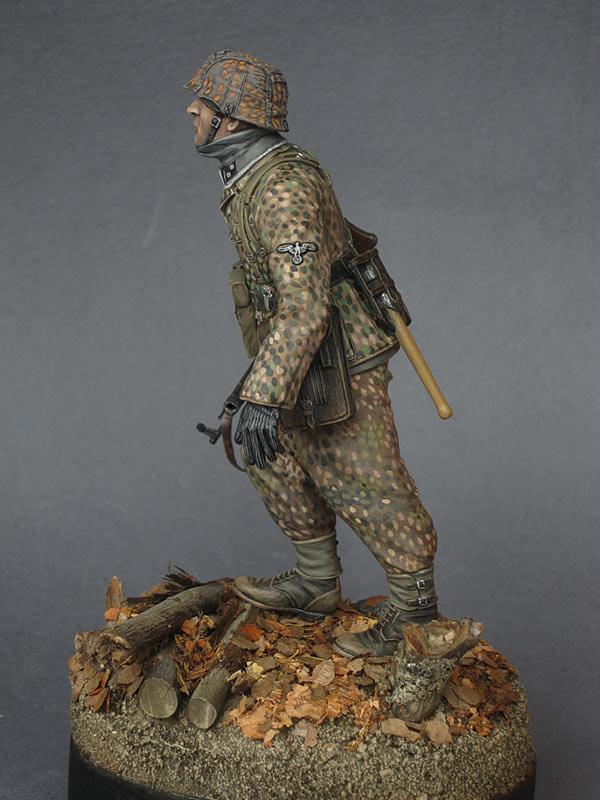 Figures: On the Western front, photo #5