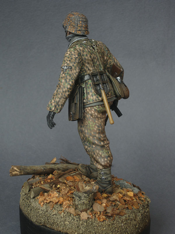 Figures: On the Western front, photo #6