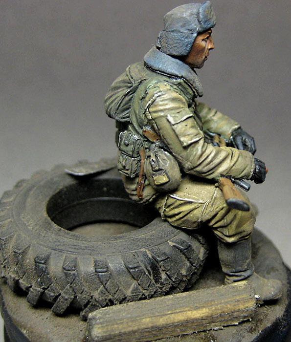 Figures: Russian trooper, Chechen war, photo #2