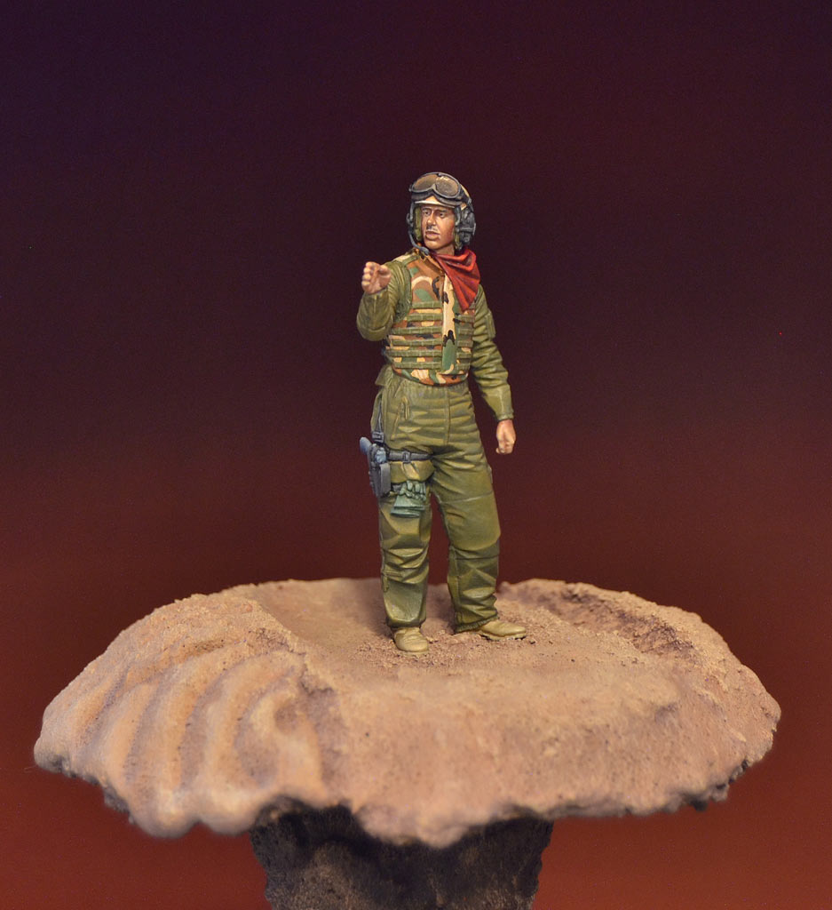 Figures: U.S. tank crewman, Iraq, photo #2