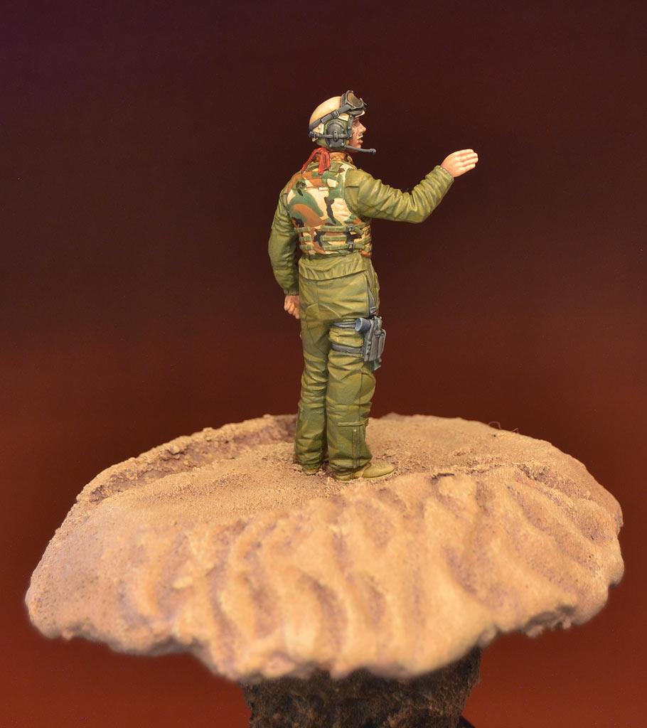 Figures: U.S. tank crewman, Iraq, photo #4