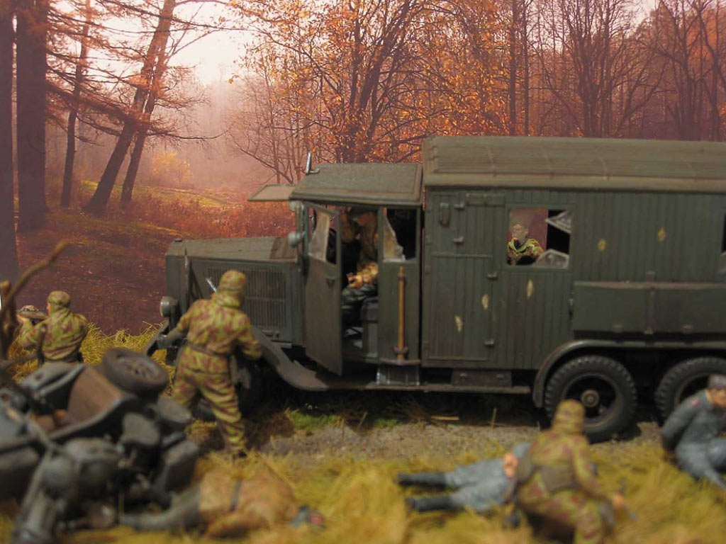 Dioramas and Vignettes: Valuable trophy, photo #2