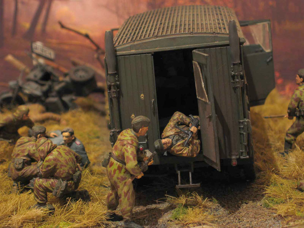 Dioramas and Vignettes: Valuable trophy, photo #8