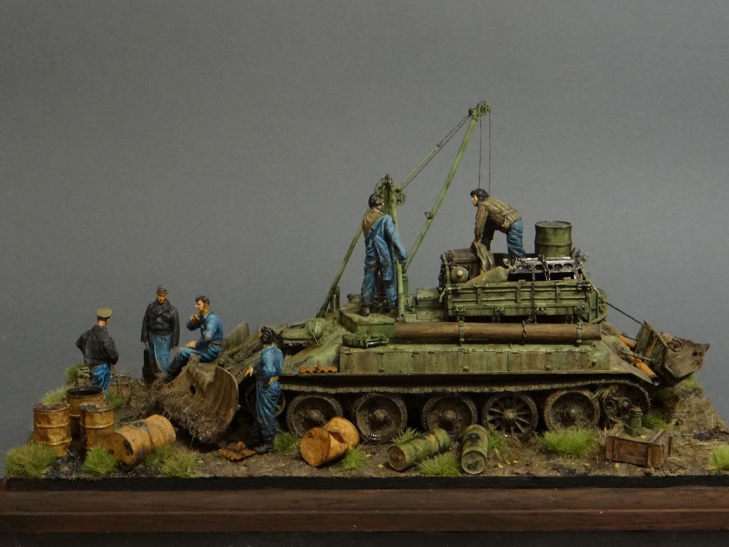 Dioramas and Vignettes: Armored recovery vehicle, photo #1