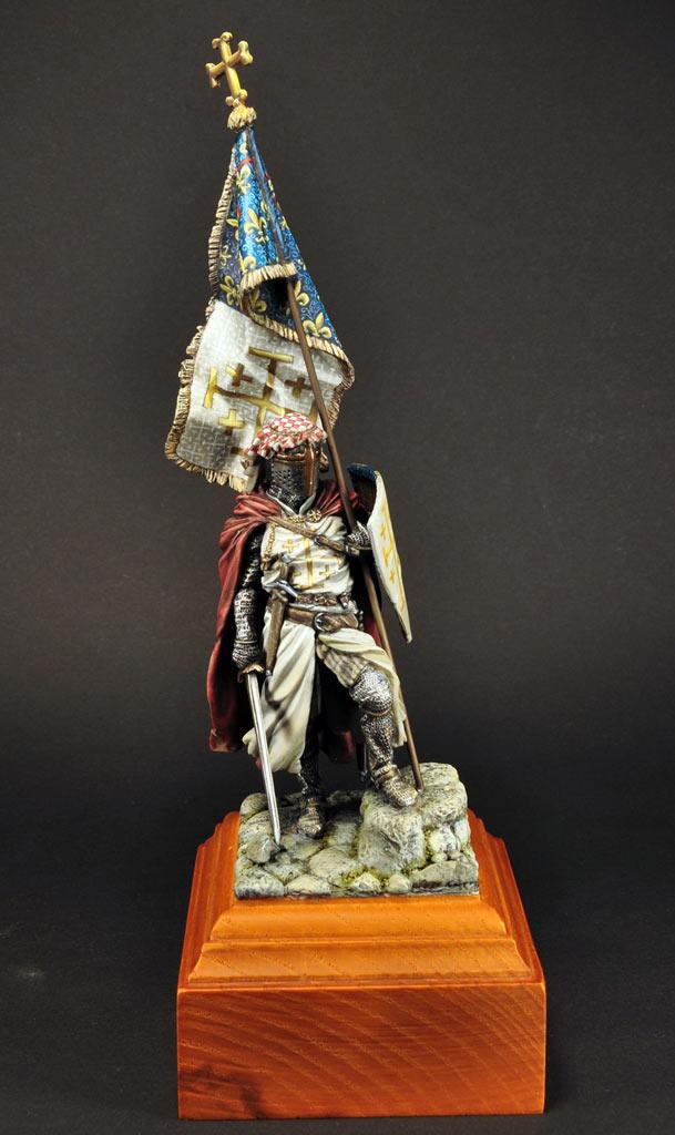 Figures: Standard bearer of Charles I of Naples, photo #10