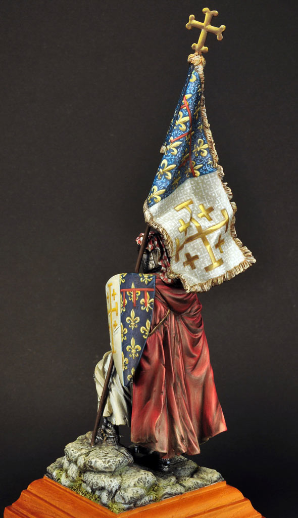 Figures: Standard bearer of Charles I of Naples, photo #6