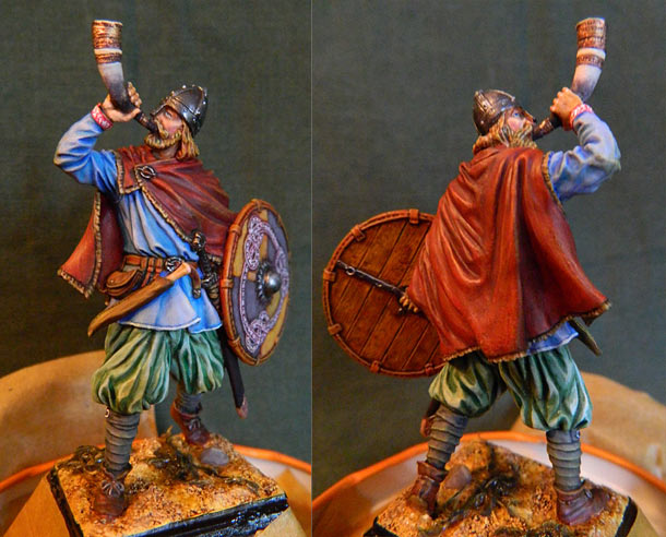 Figures: Viking with a horn