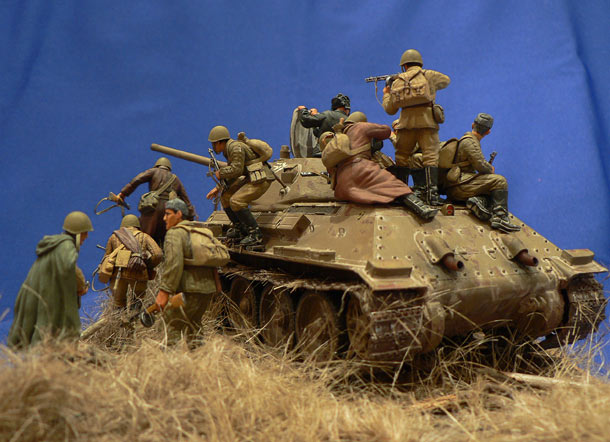 Dioramas and Vignettes: Soviet tank riders