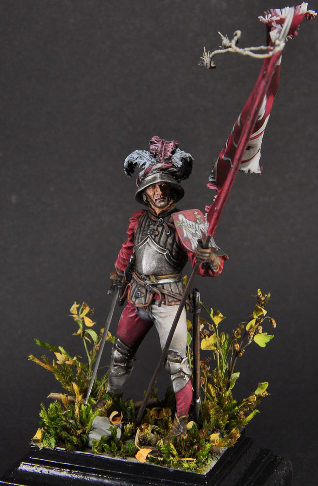 Figures: Defender of Unterwalden, photo #3