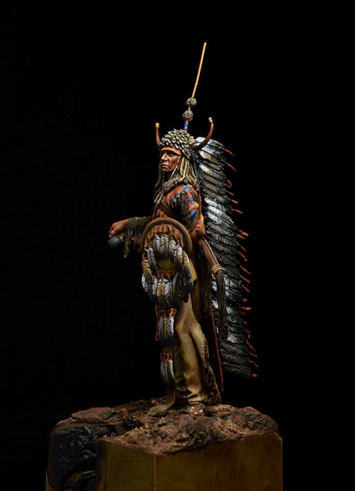 Figures: Blackfoot warrior, photo #11