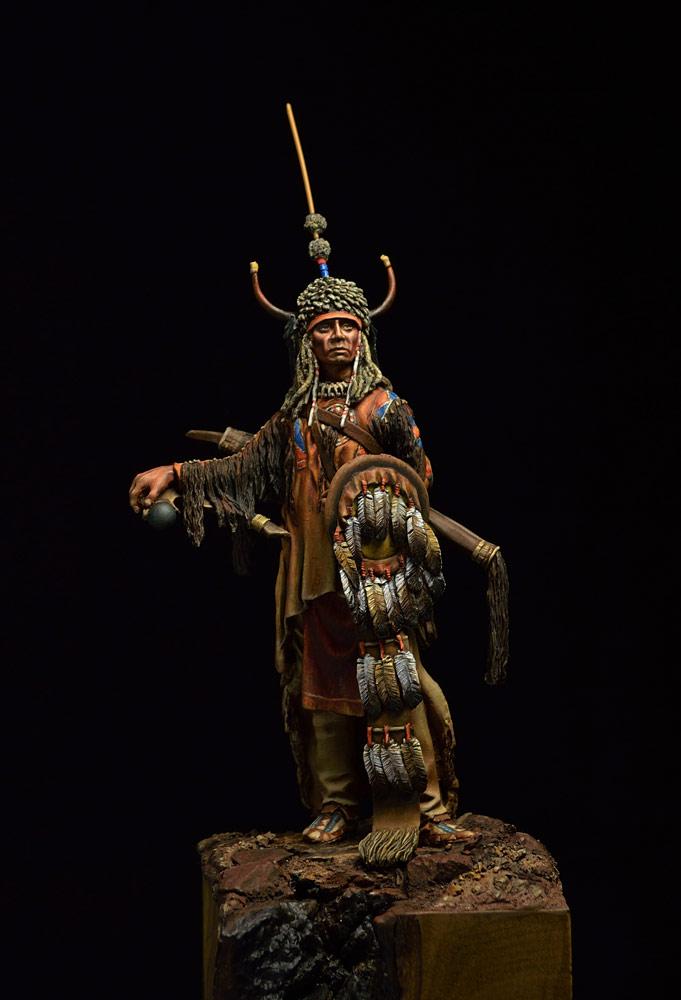 Figures: Blackfoot warrior, photo #2