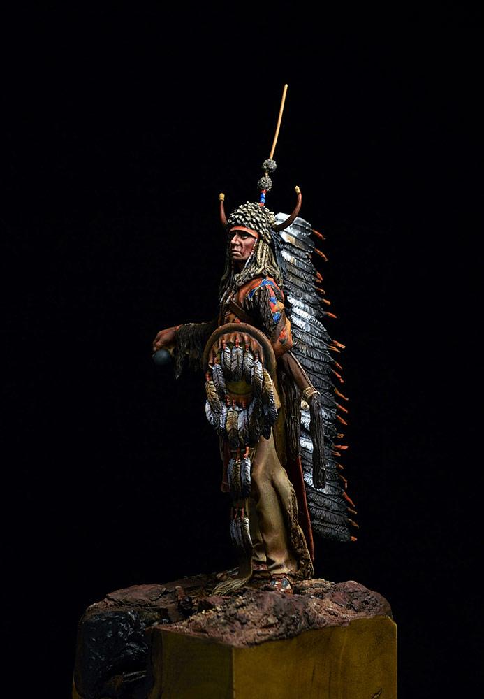 Figures: Blackfoot warrior, photo #4