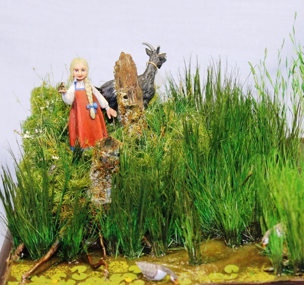 Dioramas and Vignettes: Alyonka' childhood
