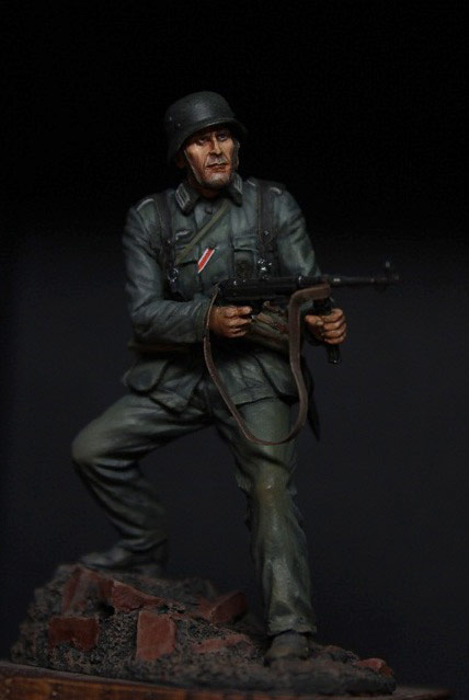 Figures: German infantryman, 1942, photo #1