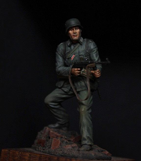 Figures: German infantryman, 1942, photo #2