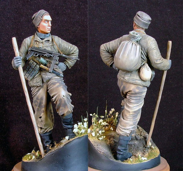Figures: Soviet scout