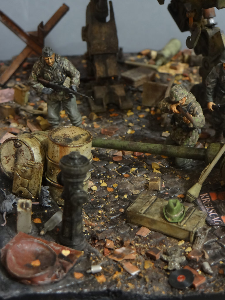 Dioramas and Vignettes: Iron Hans, photo #17