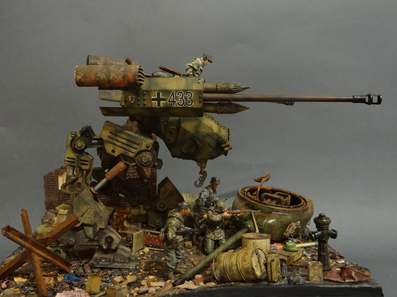 Dioramas and Vignettes: Iron Hans, photo #3