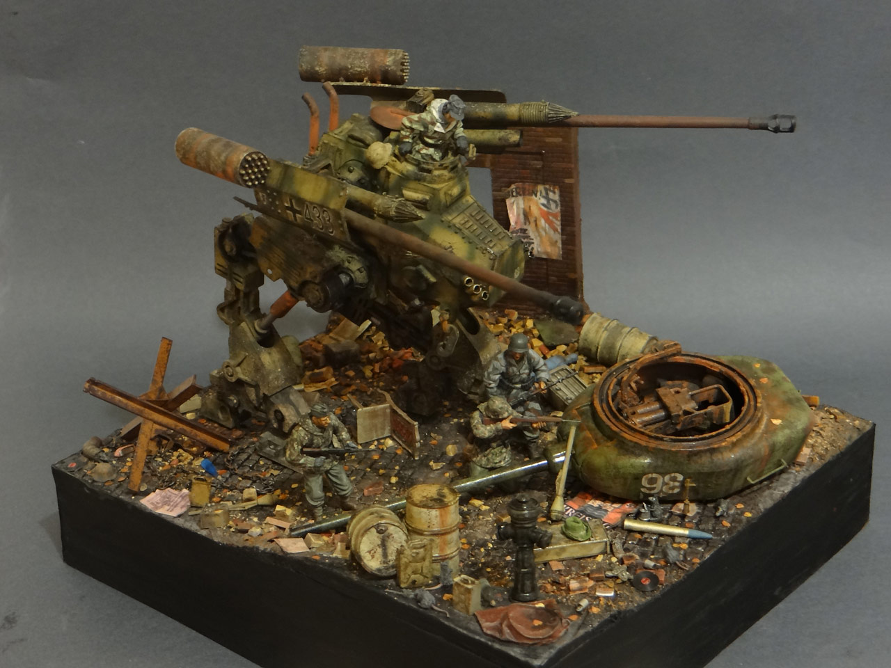 Dioramas and Vignettes: Iron Hans, photo #7