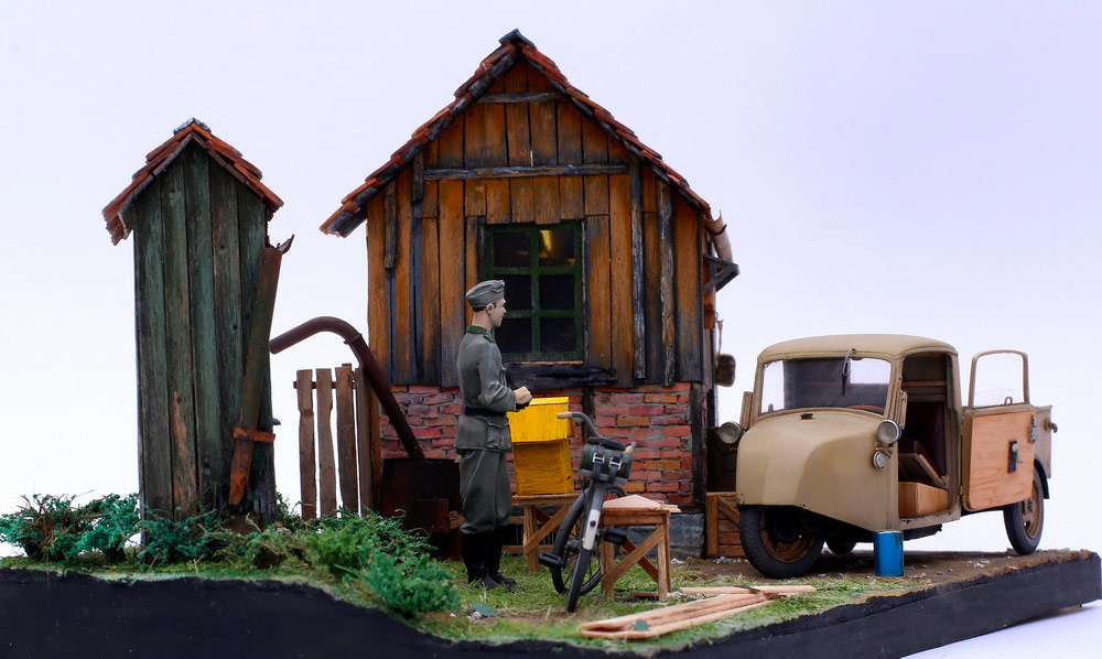 Dioramas and Vignettes: Wow! There are bees!, photo #11