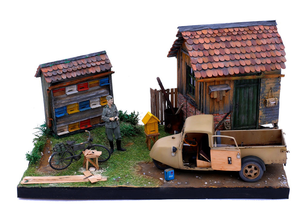 Dioramas and Vignettes: Wow! There are bees!, photo #6