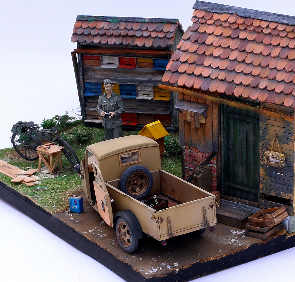 Dioramas and Vignettes: Wow! There are bees!, photo #7