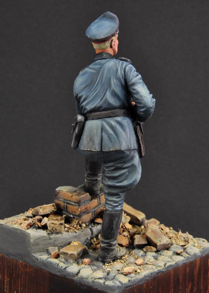 Figures: German officer, photo #5