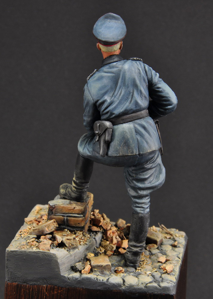Figures: German officer, photo #6