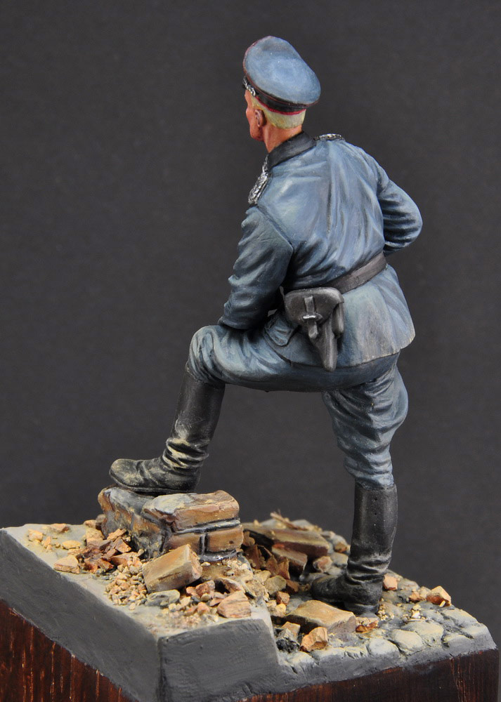 Figures: German officer, photo #7