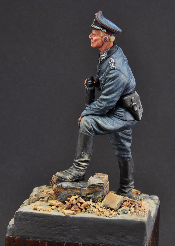 Figures: German officer, photo #8