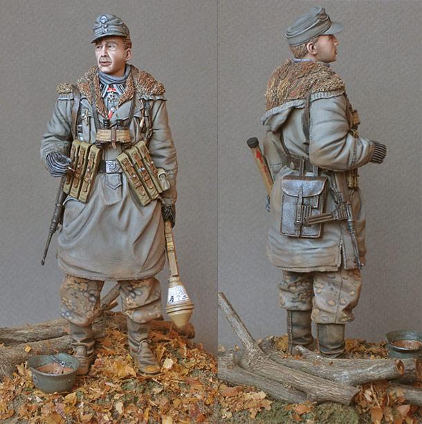 Figures: SS Scharfuehrer