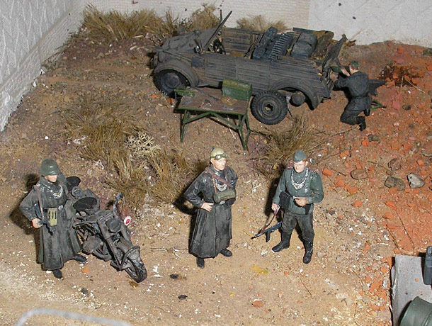 Dioramas and Vignettes: Slim Bertha
