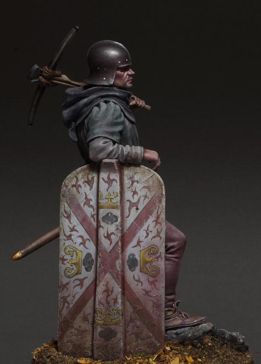 Figures: Crossbowman, photo #9