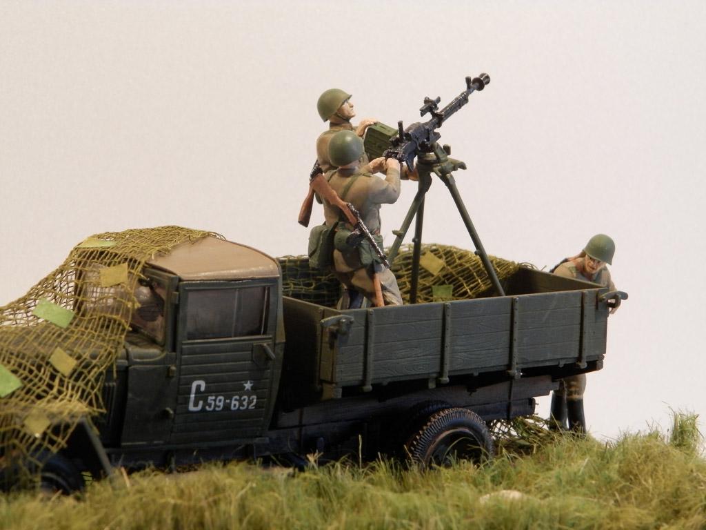 Training Grounds: Enemy plane!, photo #14