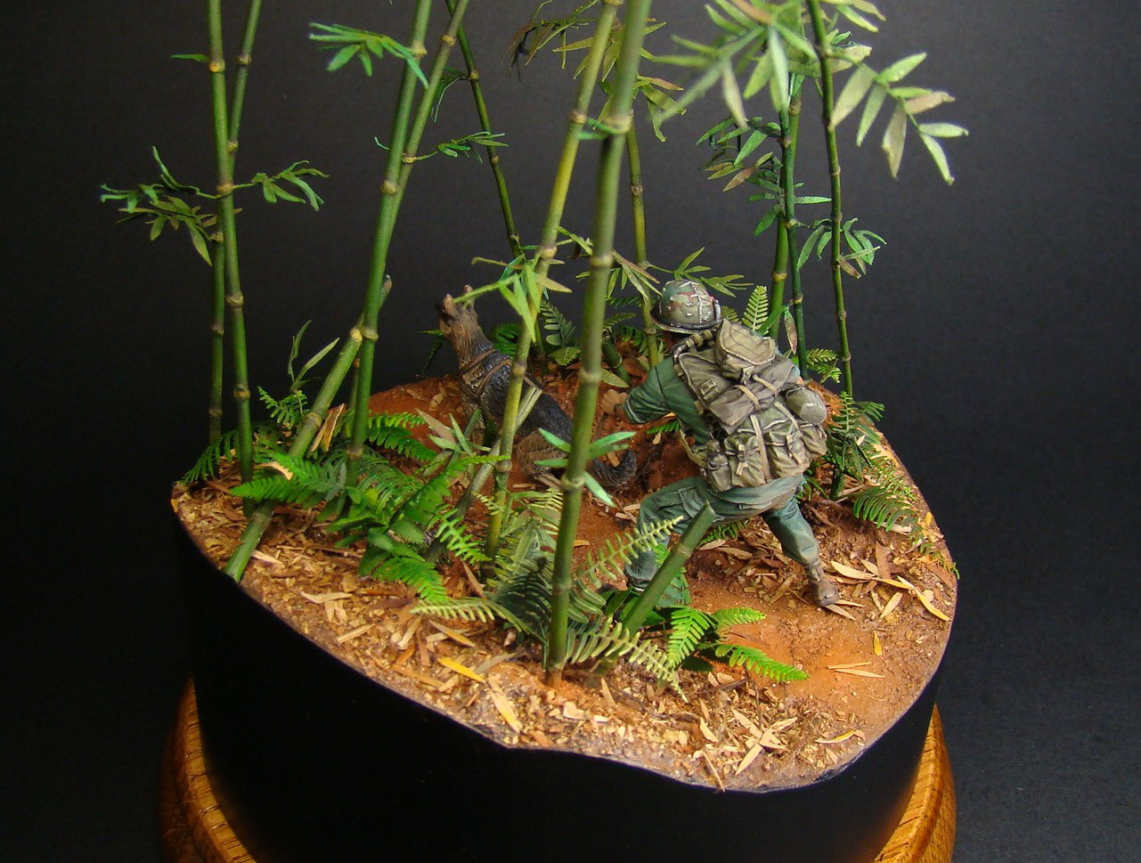 Dioramas and Vignettes: Scout with a dog. Vietnam, photo #2