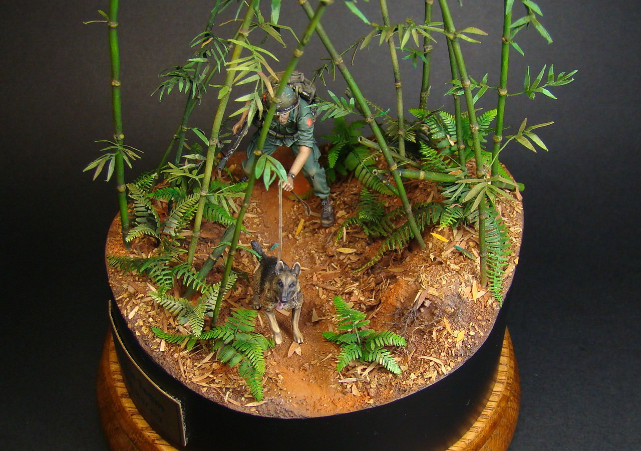 Dioramas and Vignettes: Scout with a dog. Vietnam, photo #3