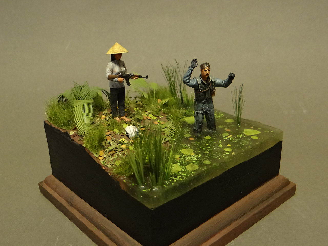 Dioramas and Vignettes: Flight is over..., photo #1
