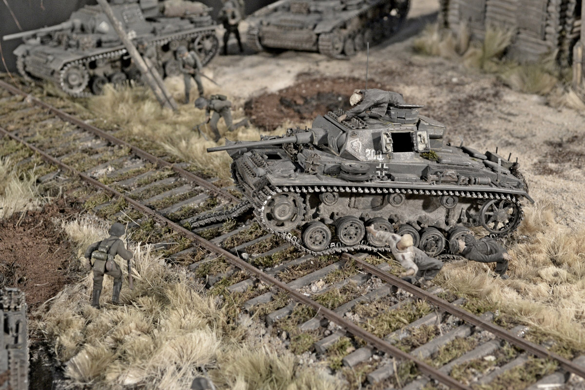 Dioramas and Vignettes: Counter-strike of 5th tank army, photo #37