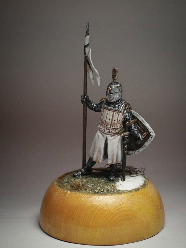 Figures: Сommander of Teutonic order, XIII cent., photo #1
