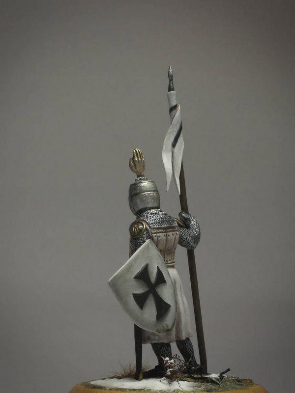 Figures: Сommander of Teutonic order, XIII cent., photo #4