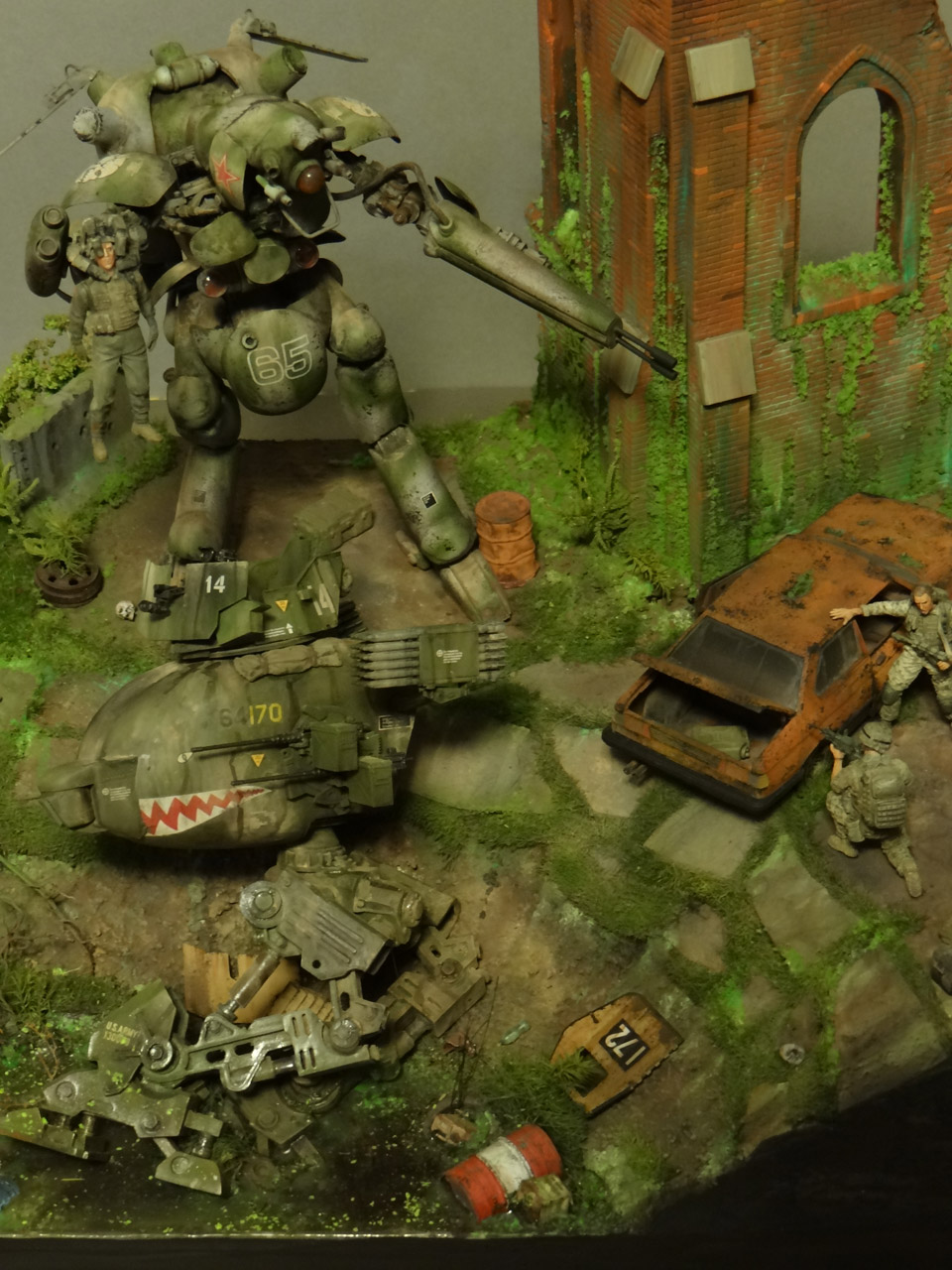 Dioramas and Vignettes: Help!.., photo #10