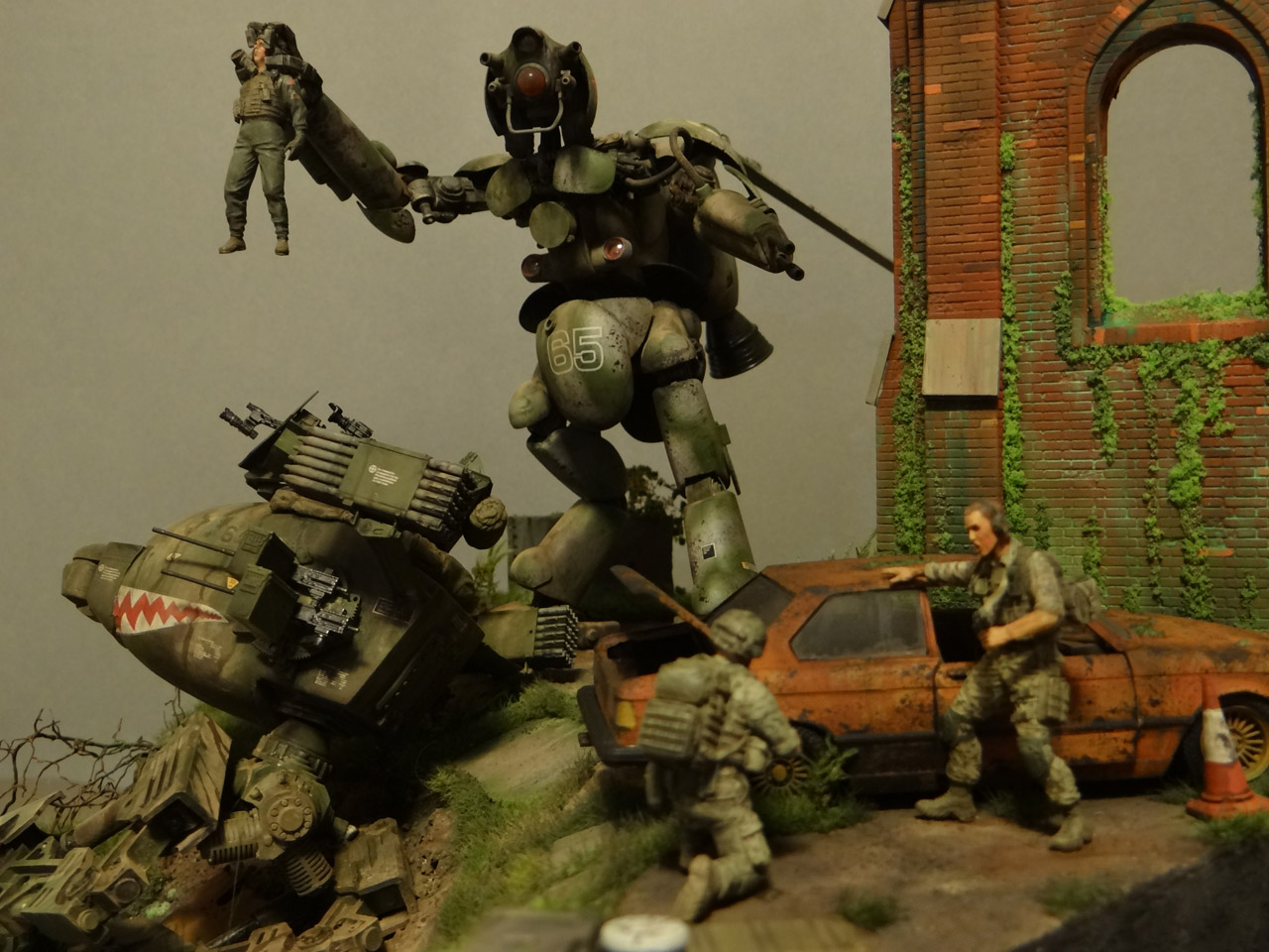 Dioramas and Vignettes: Help!.., photo #5